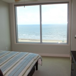 2nd bedroom with beach view